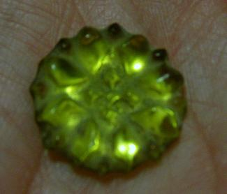 Logan's Run lifeclock crystal, yellow, closeup